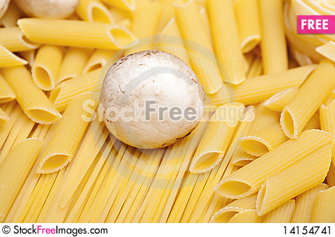 Free Cooking With Italian Ingredients Stock Image - 14154741