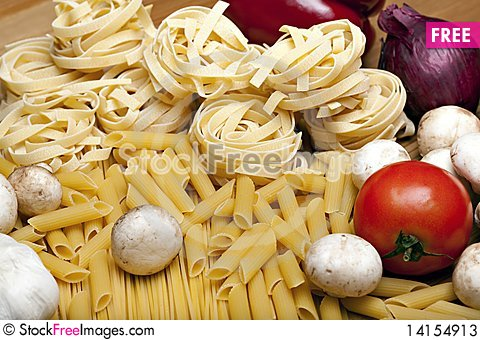 Free Cooking With Italian Ingredients Stock Photos - 14154913