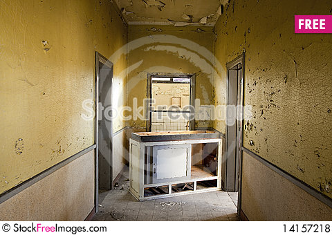Free Abandoned Yellow Home Interior Royalty Free Stock Photos - 14157218