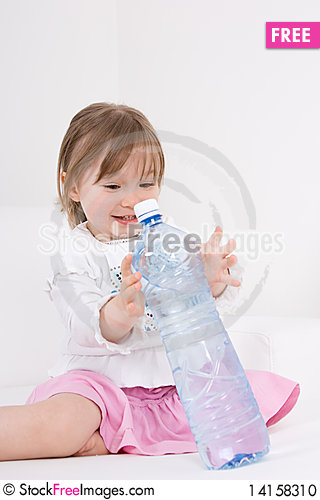 Free Litle Girl With Water Stock Photo - 14158310
