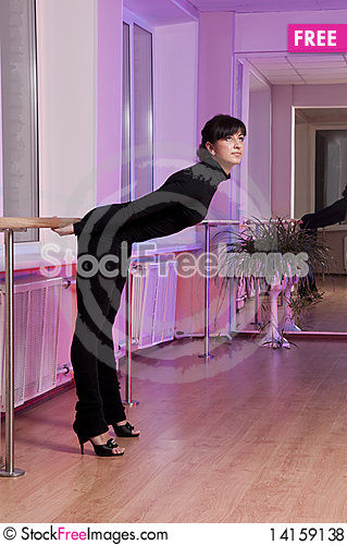 Free Adorable Girl In Dance Studio Royalty Free Stock Photos - 14159138