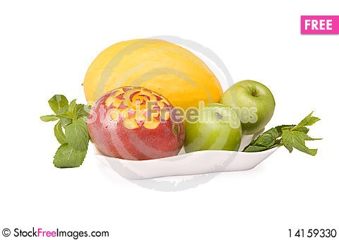 Free Fruits On A Plate Stock Photo - 14159330
