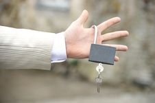 Free Man S Hand Holding Lock With Key Stock Photography - 14150682