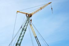 Free Crane On Blue Sky Background Royalty Free Stock Photos - 14153288