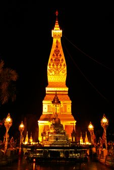 Free Popular Temple In Thailand Royalty Free Stock Photography - 14156327