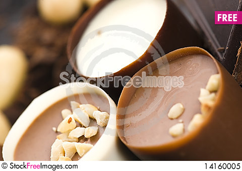 Free Chocolates With Sweet Almonds Royalty Free Stock Photo - 14160005