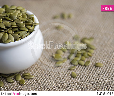 Free Pumpkin Seeds - Pepita Royalty Free Stock Photos - 14161018