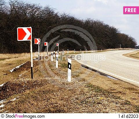 Free Road Turn Stock Photos - 14162203