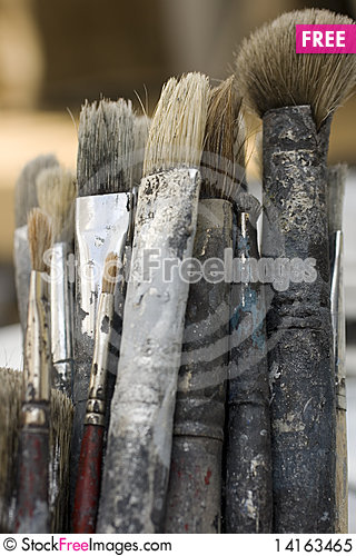 Free Dirty Paint Brushes Royalty Free Stock Photo - 14163465