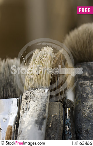 Free Dirty Paint Brushes Royalty Free Stock Image - 14163466