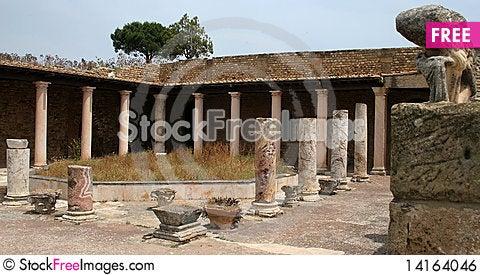 Free Villa Royalty Free Stock Image - 14164046