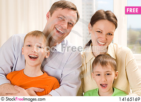 Free Parents With  Children Together Royalty Free Stock Images - 14165169