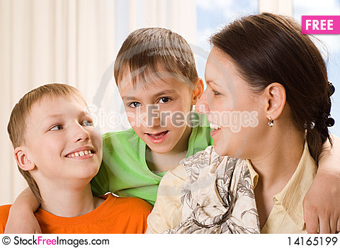 Free Mother With  Children Together Royalty Free Stock Images - 14165199