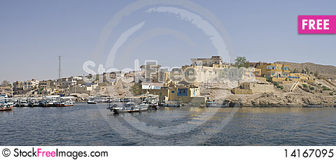Free Nile River House,Aswan Royalty Free Stock Photo - 14167095