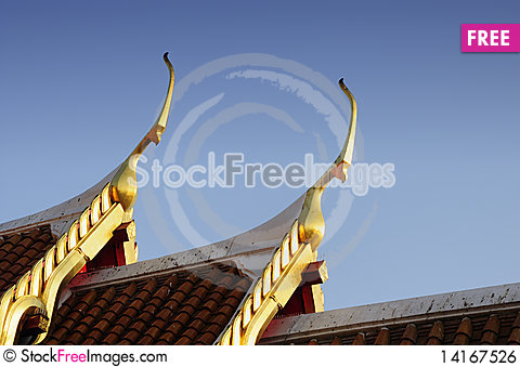 Free Gable Apexs With Blue Sky Royalty Free Stock Image - 14167526
