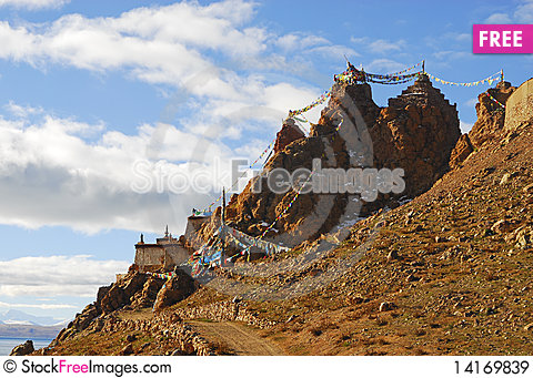 Free A Tibetan Castle On Mountain Royalty Free Stock Images - 14169839