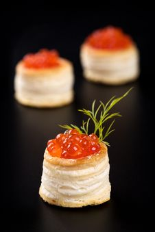 Free Tartlets With Red Caviar Stock Images - 14160084