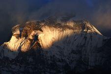 Free Sunrise Of  Dhaulagiri, Nepal Royalty Free Stock Images - 14162349