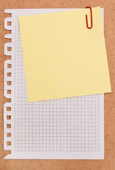 Free Note Papers Royalty Free Stock Photo - 14169065