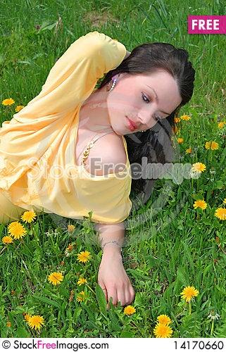 Free The Beautiful Girl Walks Stock Photo - 14170660