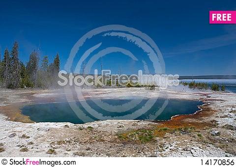 Free Lake Yellowstone Royalty Free Stock Image - 14170856