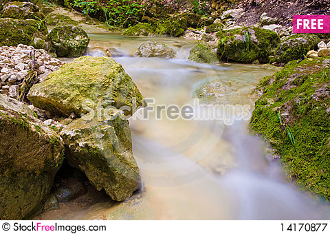 Free Waterfall Royalty Free Stock Photography - 14170877