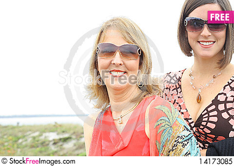 Free Gorgeous Girls With Glasses At The Beach Royalty Free Stock Photo - 14173085