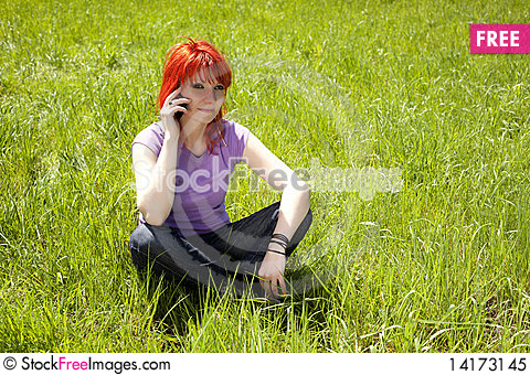 Free Young Woman In The Middle Of Nature Royalty Free Stock Photo - 14173145