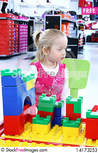 Free Little Girl In Shopping Stock Photos - 14173253