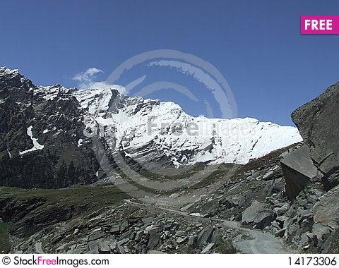 Free Way To The Himalayan Peak Royalty Free Stock Image - 14173306