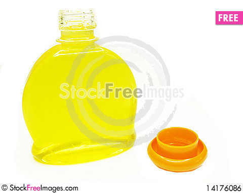 Free Yellow Herbal Shampoo Bottle Royalty Free Stock Image - 14176086