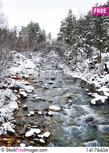 Free The Mountain River Royalty Free Stock Image - 14176606