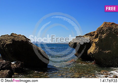 Free Rocky Coast. Photo 9673 Royalty Free Stock Photo - 14176935