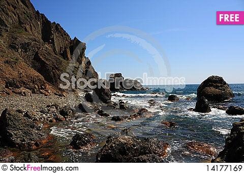 Free Rocky Coast. Photo 9698 Royalty Free Stock Images - 14177169