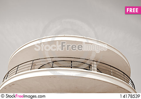 Free Round Building Royalty Free Stock Images - 14178539