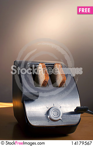 Free Toaster Toast Royalty Free Stock Photography - 14179567