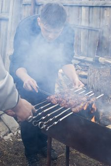 Free The Man A Preparing Kebab Stock Photos - 14170933