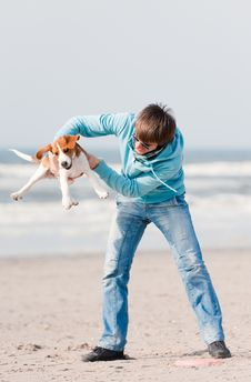 Free Man Playing With Dog Royalty Free Stock Photography - 14172297