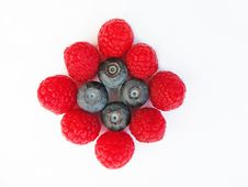 Free Raspberries And Blueberries Royalty Free Stock Photography - 14176347
