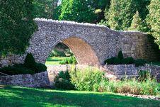Free Stone Bridge Royalty Free Stock Photo - 14176905