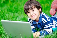 Free Children Activity With Laptop Royalty Free Stock Photos - 14179478