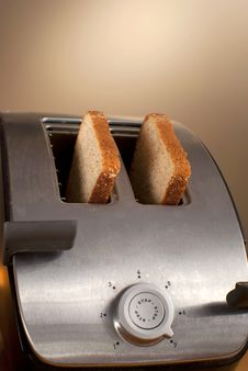 Free Bread In Toaster Royalty Free Stock Photography - 14179557