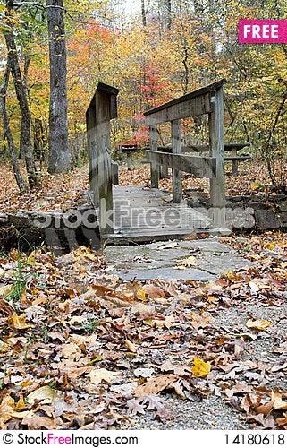 Free Autumn Bridge Royalty Free Stock Photos - 14180618