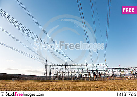Free Electricity Tower For Energy With Sky Royalty Free Stock Image - 14181766