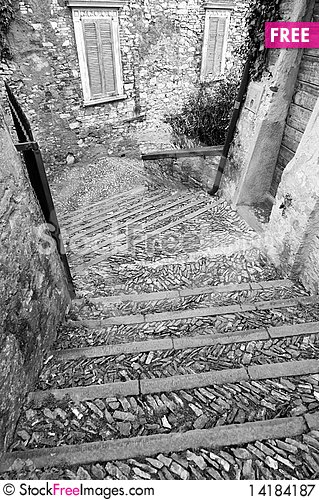 Free Stone Stairway In The Old Town Royalty Free Stock Photography - 14184187