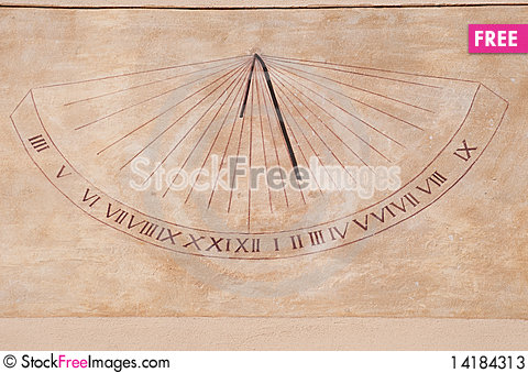 Free Wall Sundial Stock Photos - 14184313