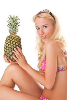 Free Pineapple Royalty Free Stock Photography - 14186137