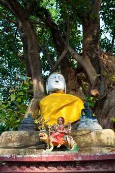 Free Budda In Kalasin Stock Photography - 14186722