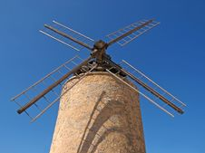 Free Windmill In Provence Royalty Free Stock Image - 14186866