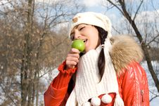 Free Funny Girl Eating Apple Stock Photography - 14188522